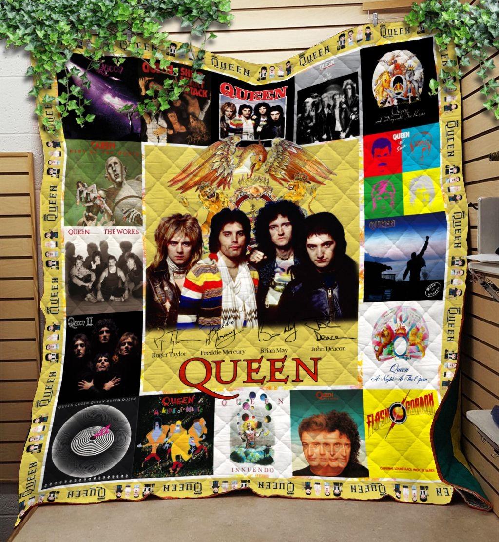 Queen Rock Star Signatures Quilt Blanket